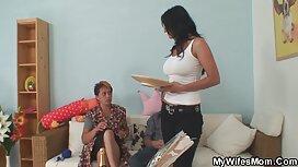 شاب مارس الجنس مع اثنين من العمات الناضجة في سكسي مصري مجاني الفم مباشرة في المكتب