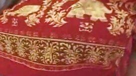 الجمال مع قصة شعر حميمة أعطى الرجل في الحمار مقطع فيديو سكسي مصري